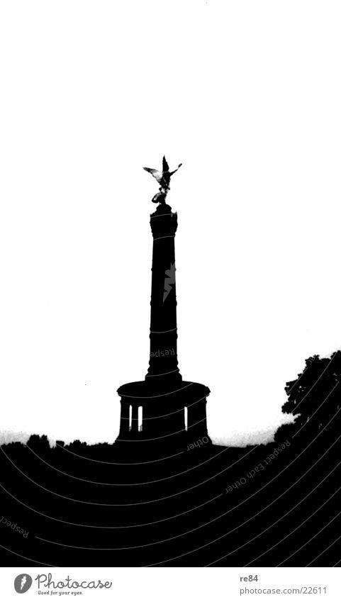 Siegessäule Schwarz Weiss Mensch weiß schwarz Berlin Architektur historisch Wahrzeichen Hauptstadt