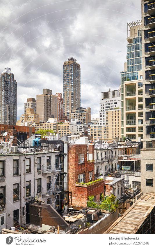 Manhattan Wohnviertel, New York City, USA. Sightseeing Sommer Häusliches Leben Wohnung Haus Hausbau Stadtzentrum Skyline Hochhaus Gebäude Architektur Zeit