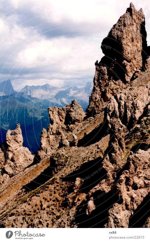 Dolomiten Gebirge Wolken Berge u. Gebirge Alpen Felsen Stein