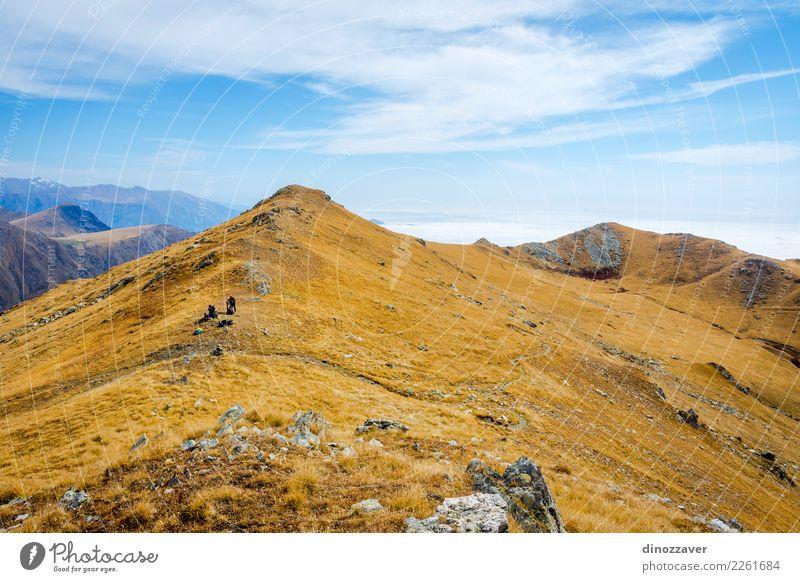 Goldene Berge in Nationalpark Lagodekhi, Georgia Natur Ferien & Urlaub & Reisen blau Sommer schön Landschaft Sonne Wolken Berge u. Gebirge Umwelt Herbst Wiese