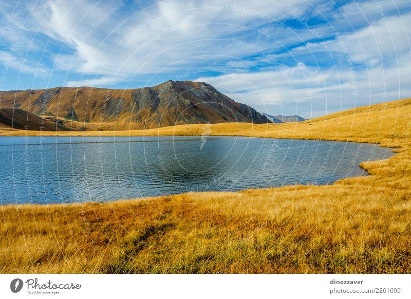 Schwarzer Rock Lake, Lagodekhi, Georgia schön Ferien & Urlaub & Reisen Tourismus Abenteuer Sonne Berge u. Gebirge wandern Umwelt Natur Landschaft Herbst Gras