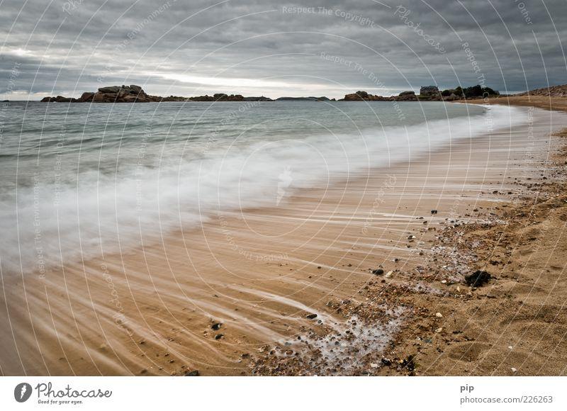 herumstreifen am strand 2 Natur Urelemente Sand Wasser Himmel Wolken Wetter Wellen Küste Strand Meer frisch Horizont Ferne Gischt Kieselsteine Schaum Streifen