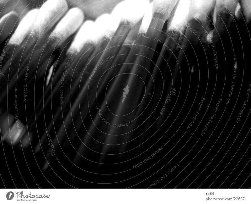 watte stäbschen! Watte schwarz grau weiß durchsichtig Bad Reinigen Sauberkeit obskur Stab Ohr Kontrast Körperpflege Schatten
