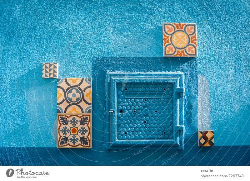 Kleines blaues Wunder Dorf Fischerdorf Mauer Wand Fassade Kunst Fliesen u. Kacheln Mosaik Spanien Valencia Straßenkunst Kunsthandwerk Rechteck Geometrie