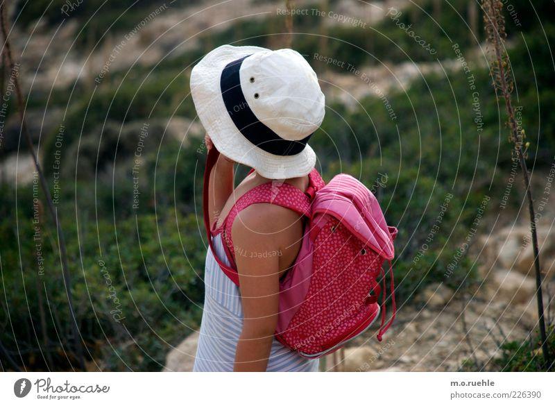 Ida erfindet die Weltreise Mensch Kind Natur schön Mädchen Ferien & Urlaub & Reisen feminin Umwelt Kindheit Arme Haut Ausflug wandern Abenteuer Sträucher