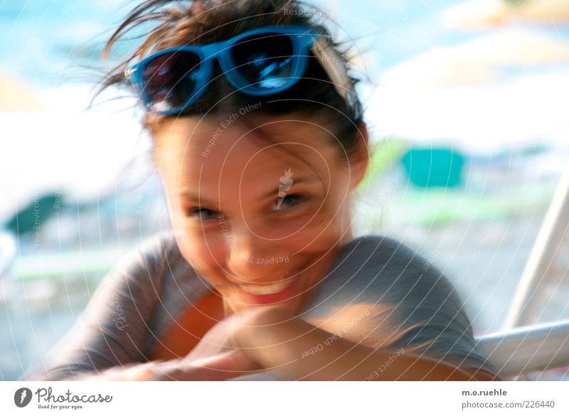 wenn Du lachst bin ich glücklich Jugendliche Freude Ferien & Urlaub & Reisen Auge feminin Kopf Glück Haare & Frisuren lachen Zufriedenheit Mund Haut