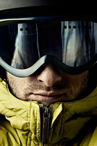 Fex, Bergfex Mann Jugendliche Winter Gesicht Erwachsene Freizeit & Hobby maskulin Lifestyle Coolness beobachten sportlich 18-30 Jahre Helm Wintersport Skifahrer