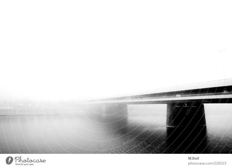 Donauinsel Architektur Metall Kunst Nebel Brücke Bauwerk Hauptstadt Dunst Schwarzweißfoto Gewässer Stadtrand Kultur