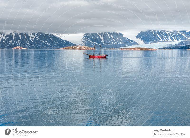 Gletscher, Berge und Segelschiff in Svalbard Inseln Ferien & Urlaub & Reisen Ausflug Sommer Meer Schnee Berge u. Gebirge Natur Landschaft Himmel Wolken Fjord