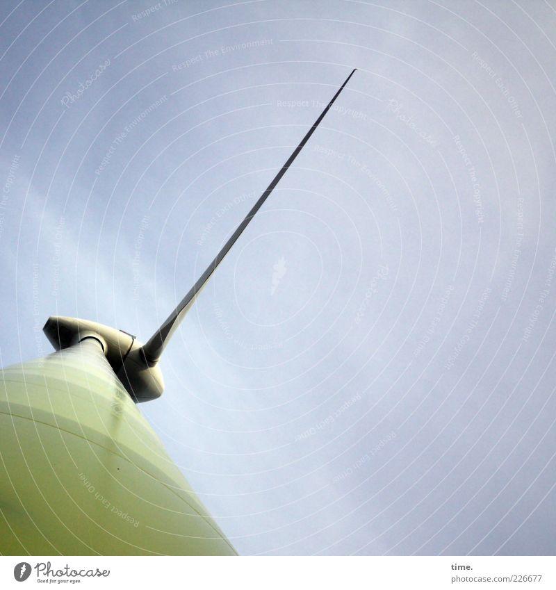 En Garde! Energiewirtschaft Windkraftanlage Umwelt Himmel Wolken Turm hoch lang Spitze grün Zahnstocher Umwelttechnik Stolz beeindruckend Macht selbstbewußt