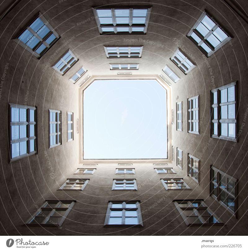 Windows Fenster Gebäude Architektur groß hoch Fassade Perspektive trist nah Symbole & Metaphern eng aufwärts Wien Hinterhof
