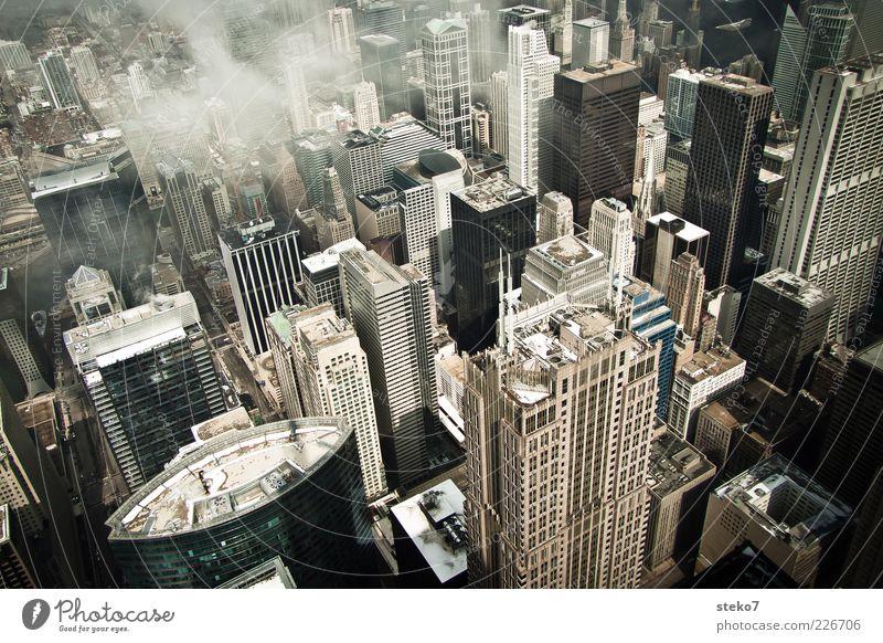Vertigo Wolken Stadtzentrum Hochhaus Dach hoch kalt Chicago Häuserschlucht Bürogebäude Farbfoto Außenaufnahme Menschenleer Vogelperspektive trist