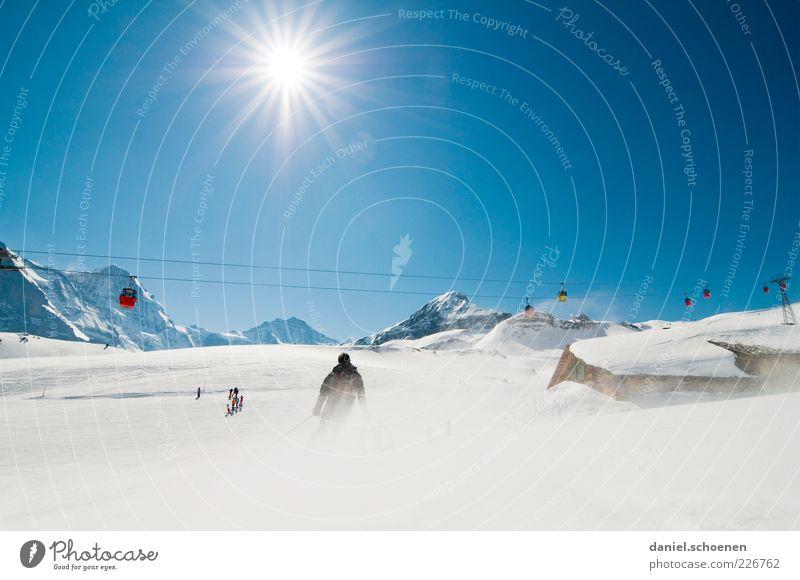 Grindelwald Himmel Sonne Freude Ferien & Urlaub & Reisen Winter Schnee Berge u. Gebirge Freizeit & Hobby Tourismus Klima Skifahren Alpen Schweiz Gipfel Schönes Wetter Blauer Himmel
