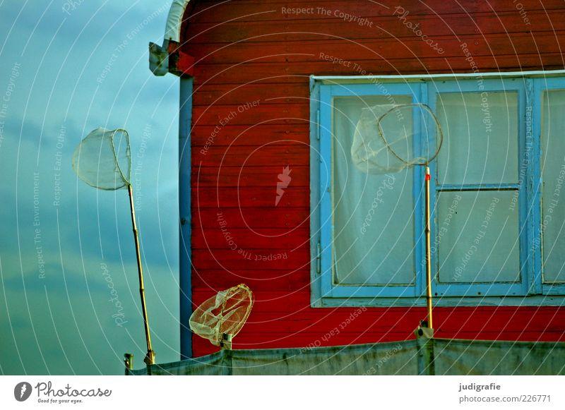 Urlaub rot Sommer Erholung Fenster Freiheit Holz Stimmung Fröhlichkeit Autofenster einzigartig außergewöhnlich Netz Freundlichkeit Camping Wohnwagen Anhänger