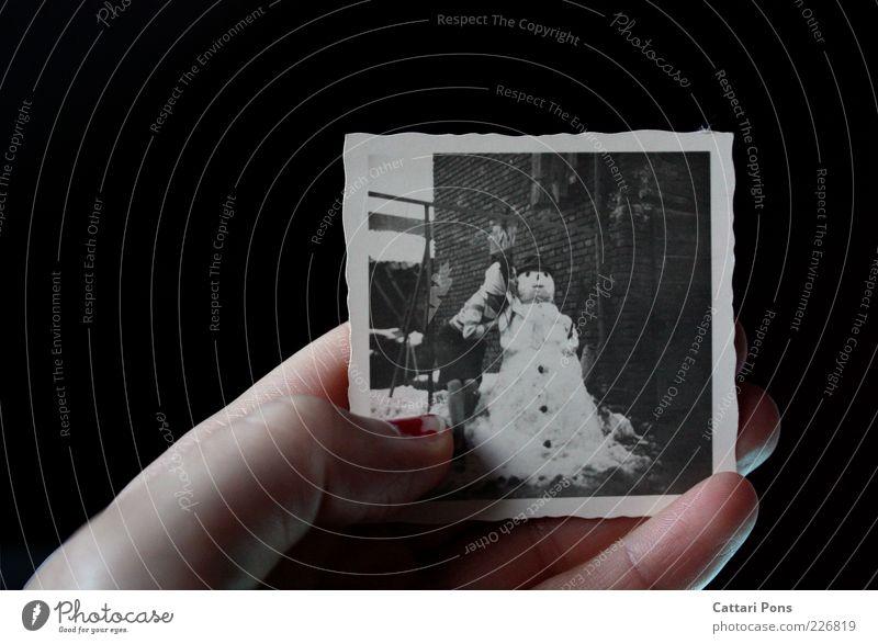 Erinnerung Mensch Jugendliche alt Hand Winter Schnee Paar Wetter Fotografie Bild festhalten Junge Frau Küssen Dame Publikum Nagellack