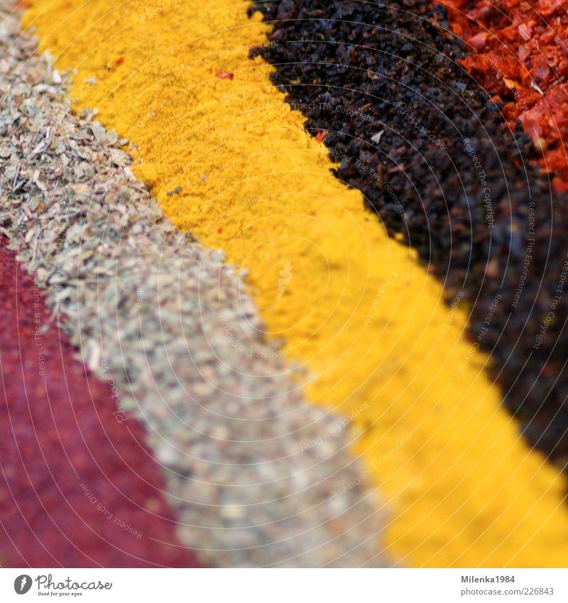 Bunte Straßen rot schwarz gelb Ernährung Lebensmittel Linie Kräuter & Gewürze Verschiedenheit Pulver mehrfarbig Strukturen & Formen Pflanze