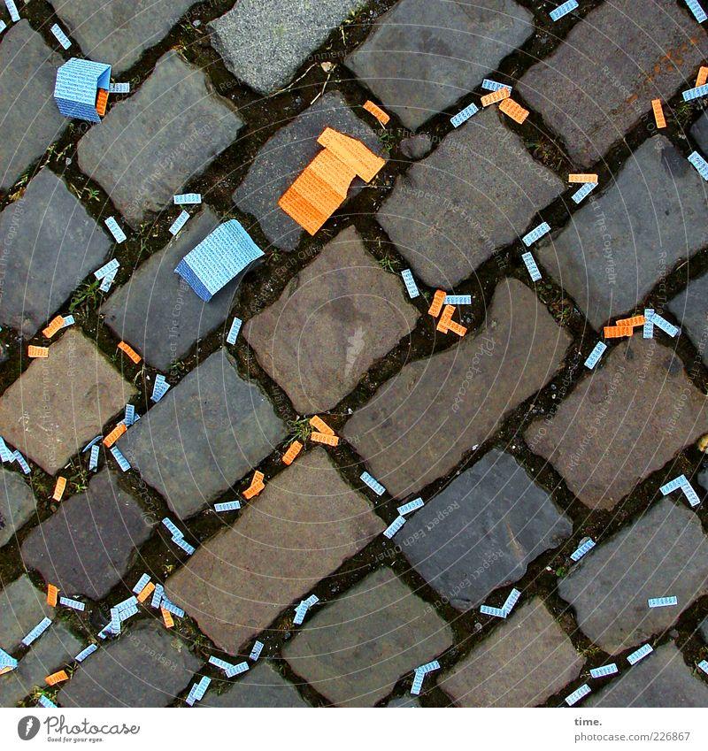 Boulevard Of Broken Dreams Glück Glücksspiel Papier liegen viele blau Hoffnung Enttäuschung verlieren Nieten hell-blau orange verloren Farbfoto mehrfarbig