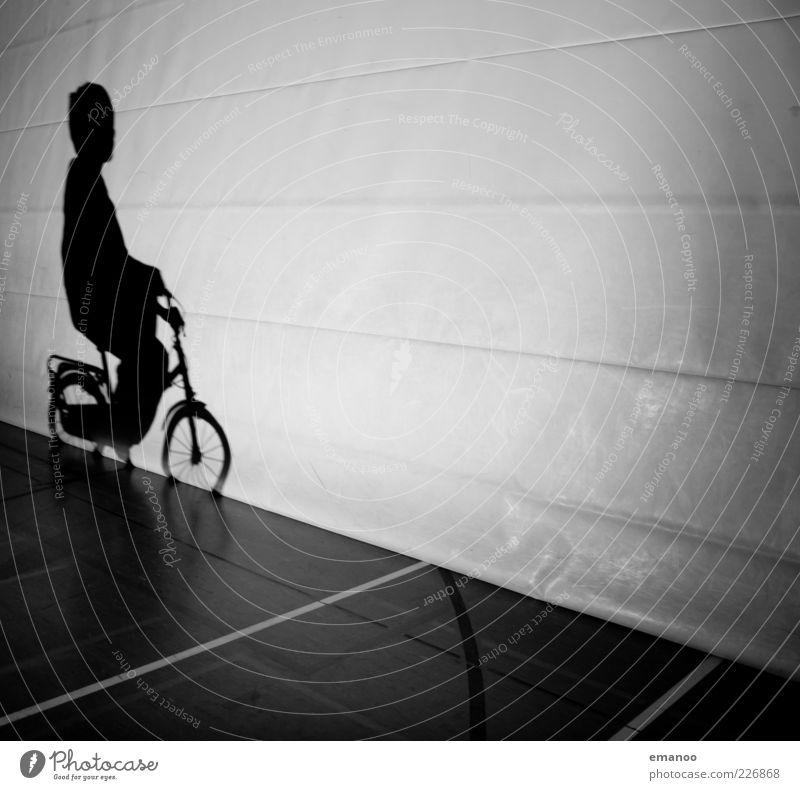Schattenfahren Mensch Kind schwarz dunkel Wand Spielen Junge Bewegung klein Stil Linie Kindheit Freizeit & Hobby Fahrrad maskulin außergewöhnlich