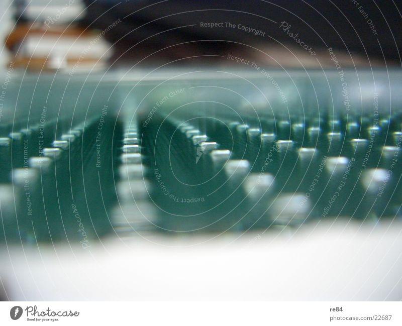 Glas - Muster - Innenansicht grün schwarz kalt Wand Architektur Tür Design Perspektive modern abwärts Anordnung Verlauf Rechteck Faser