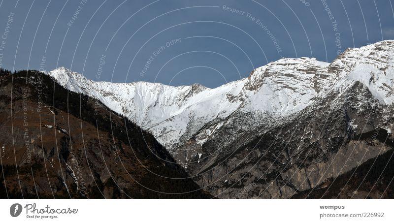 Heimat Himmel Natur grün blau weiß Ferne Berge u. Gebirge Landschaft grau Felsen Hügel Alpen Gipfel Tal Blauer Himmel Schneebedeckte Gipfel