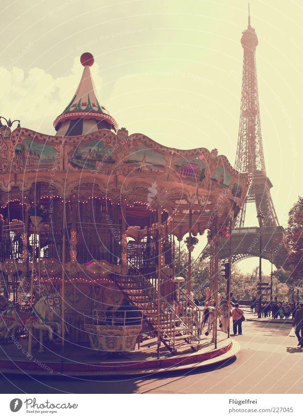 Oh là là! Schönes Wetter drehen Karussell Karussellpferd Paris altehrwürdig Tour d'Eiffel Frankreich Ferien & Urlaub & Reisen Mensch Kultur Hauptstadt Freude
