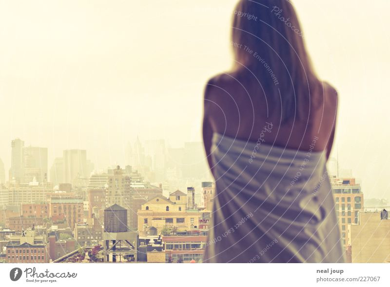 guten morgen manhattan! feminin Frau Erwachsene Rücken 1 Mensch Horizont Skyline Hochhaus beobachten Erholung Ferien & Urlaub & Reisen ästhetisch Ferne