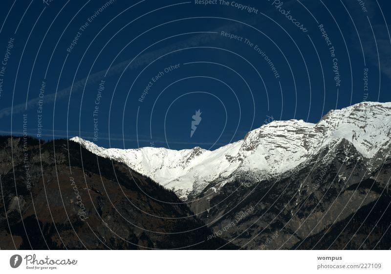 Ein Traum Himmel Natur Schnee Berge u. Gebirge Landschaft Felsen Hügel Alpen Gipfel Schönes Wetter Bergkette Wolkenloser Himmel Schneebedeckte Gipfel