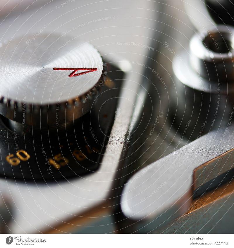 Einstellungssache alt Metall Zeit Fotografie glänzend Ziffern & Zahlen Fotokamera Pfeil analog Vergangenheit silber Nostalgie eckig früher Belichtung altmodisch