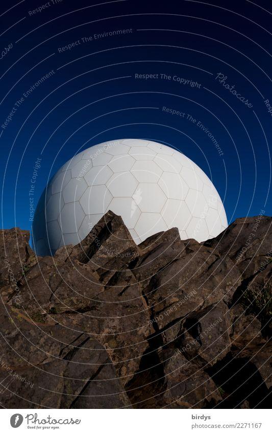 fremde Welten Wissenschaften Fortschritt Zukunft High-Tech Raumfahrt Nachthimmel Felsen Radarstation Kugel Wabenmuster ästhetisch außergewöhnlich Ferne rund