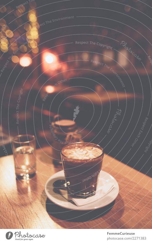 Glas of coffee on wooden table in coffeehouse Ernährung Frühstück Kaffeetrinken Bioprodukte Vegetarische Ernährung Heißgetränk Latte Macchiato Espresso genießen