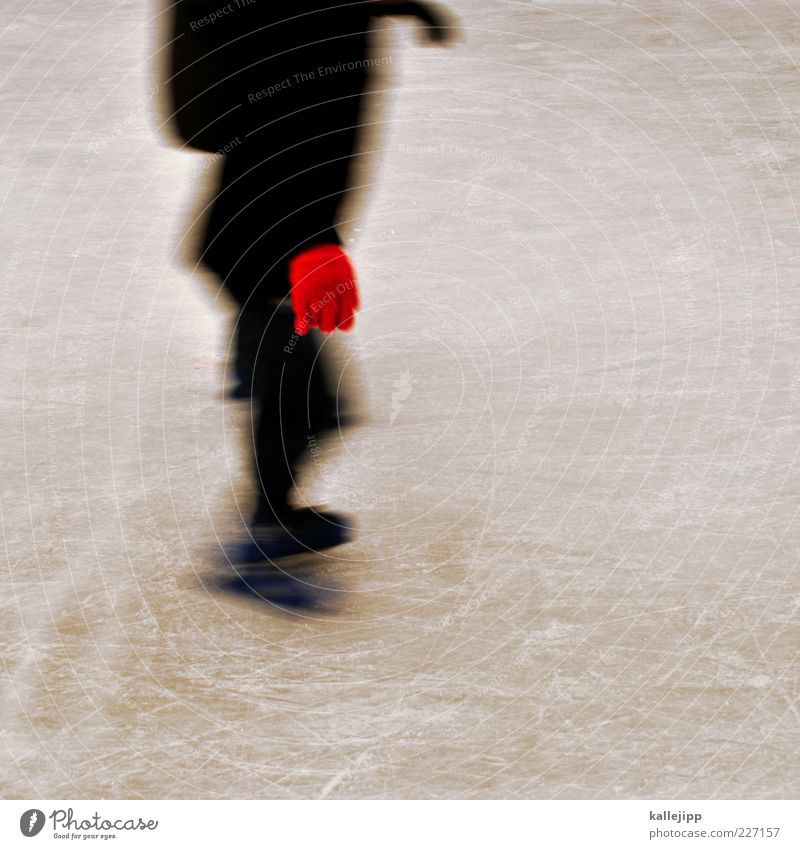 handschuhlaufen Mensch rot Winter schwarz Sport Spielen Eis Freizeit & Hobby Geschwindigkeit Klima Lifestyle Frost fahren Wintersport Handschuhe