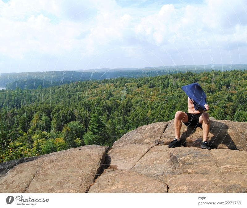 Rast Himmel Natur Ferien & Urlaub & Reisen Mann Sommer Landschaft Erholung Ferne Wald Berge u. Gebirge Erwachsene Tourismus Freiheit Felsen Ausflug wandern