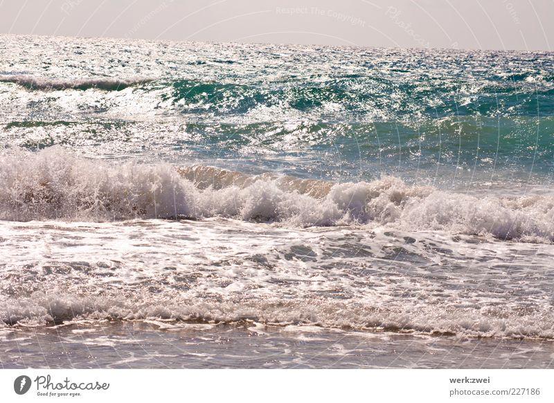 ocean Ferne Freiheit Sommer Strand Meer Wellen Umwelt Natur Landschaft Wasser Wassertropfen Horizont Sonnenlicht Schönes Wetter Küste Griechenland Rhodos