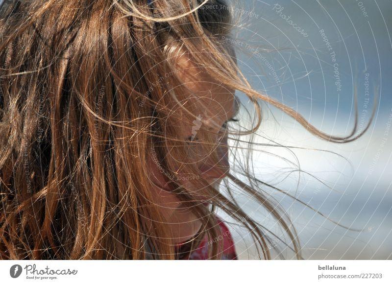 Ganz viel Rückenwind für Fotoline Mädchen Sommer Haare & Frisuren Küste Wind Schönes Wetter Lebensfreude langhaarig Haarsträhne