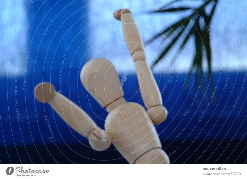 *jubel* Freude Holz Tanzen Kraft Dinge Holzpuppe Hände hoch