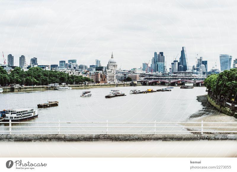 Blick auf den Financial District Freizeit & Hobby Ferien & Urlaub & Reisen Tourismus Ausflug Ferne Freiheit Sightseeing Städtereise Fluss Themse London England