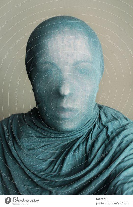 Skulptur II Frau Mensch blau Gesicht feminin Kopf Erwachsene Stil Stoff außergewöhnlich anonym Identität Tuch Hülle Schleier