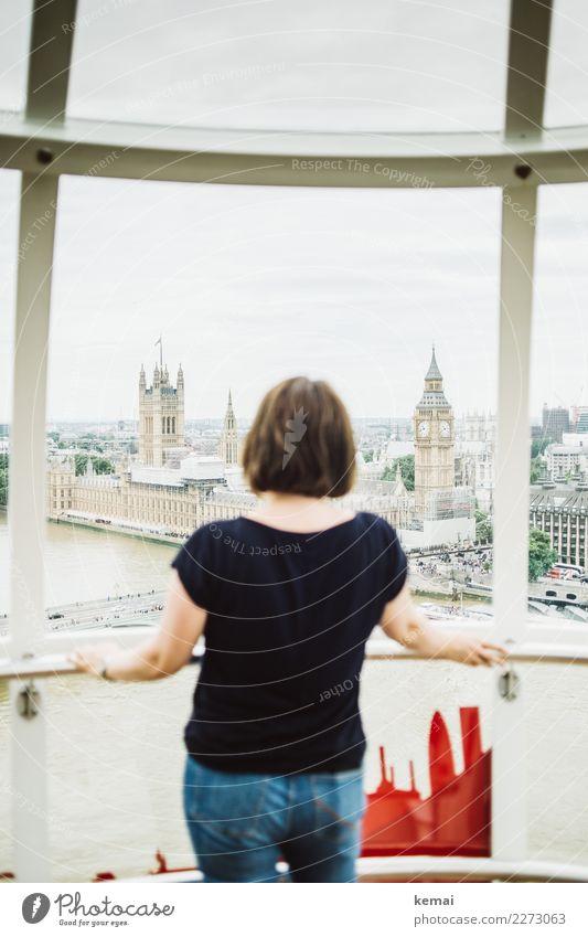 When in London Frau Mensch Ferien & Urlaub & Reisen Erholung ruhig Erwachsene Leben Lifestyle feminin Stil Gebäude Tourismus oben Ausflug Freizeit & Hobby