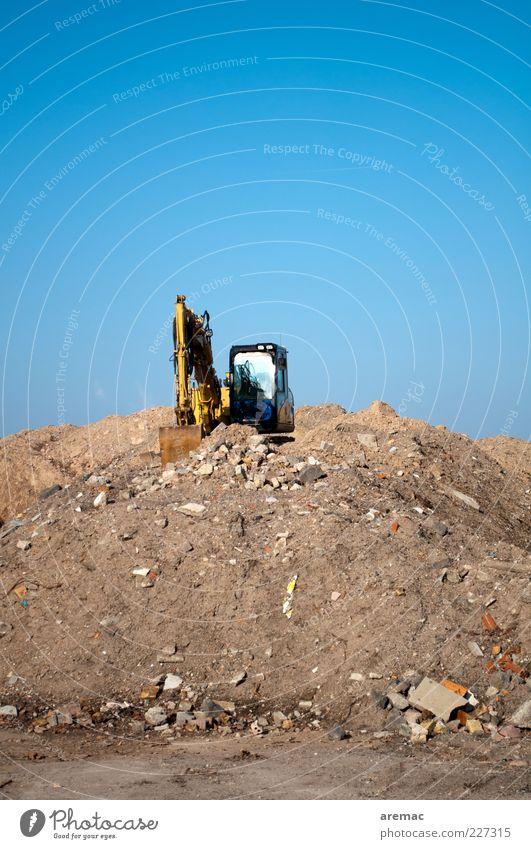Wenn alles getan ist Sand Stein Arbeit & Erwerbstätigkeit Vergänglichkeit Verfall Zerstörung Arbeitsplatz Demontage Bagger Bauschutt Abrissgebäude
