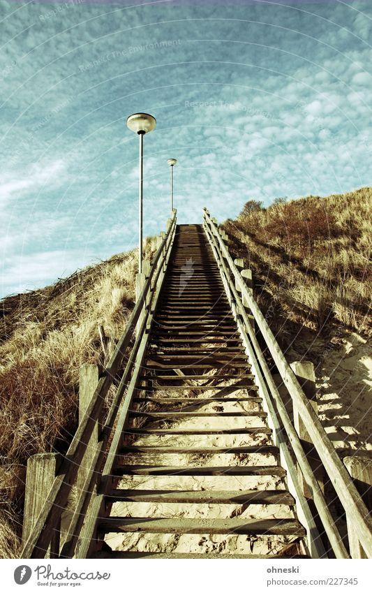 Stairway to heaven Himmel Holz Wege & Pfade Treppe Hoffnung Ziel Stranddüne Düne Laterne Geländer Schönes Wetter Treppengeländer Optimismus