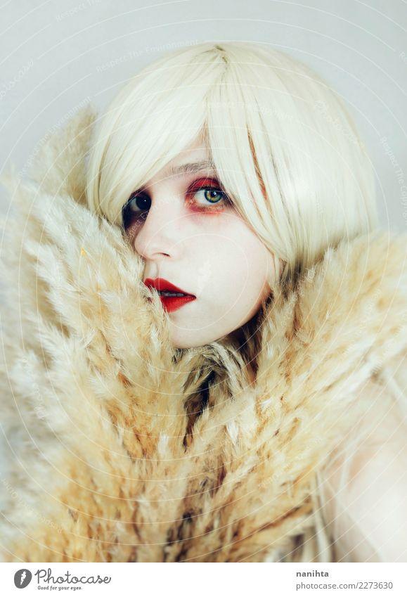 Künstlerisches Porträt einer schönen jungen Frau elegant Stil Haut Gesicht Kosmetik Schminke Lippenstift Mensch feminin Junge Frau Jugendliche 1 18-30 Jahre