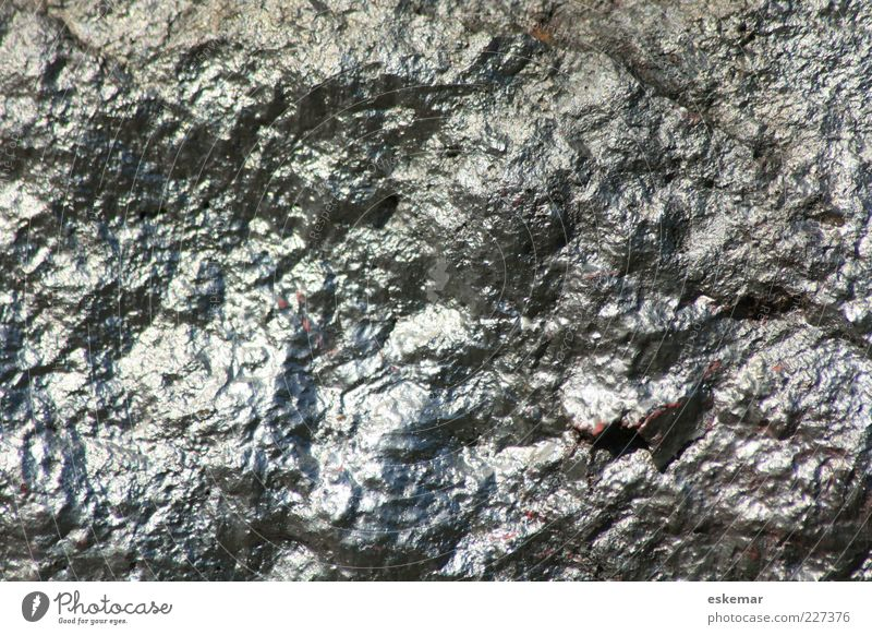 silvery weiß Mauer grau Stein glänzend authentisch Urelemente trocken fest eckig silber hart bemalt lackiert Asymmetrie Tag