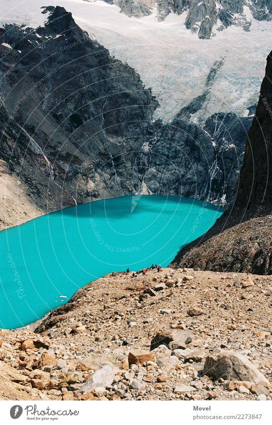 Torres del Paine Tourismus Abenteuer Expedition Berge u. Gebirge wandern Urelemente Wasser Eis Frost Gipfel Gletscher Schlucht bizarr kalt Torres del  Paine