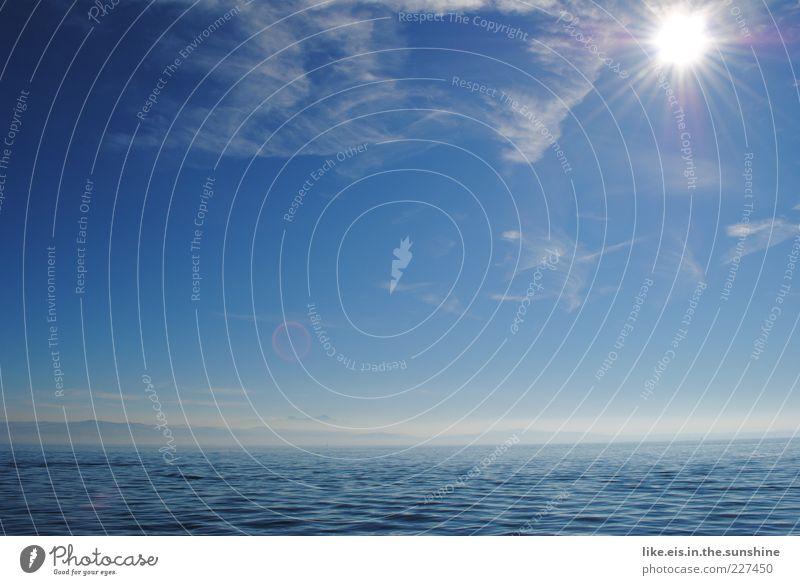 fernweh*** Himmel blau Wasser Sonne Sommer Meer Ferne Landschaft Berge u. Gebirge Freiheit See Horizont Wetter Wellen Unendlichkeit Schönes Wetter
