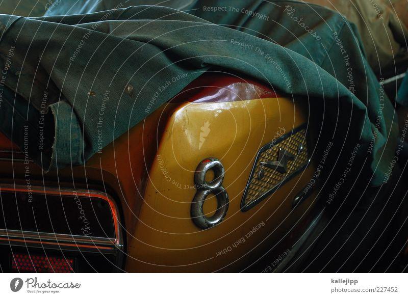 after eight Lifestyle Jahrmarkt PKW fahren 8 Heck Auto-Skooter Rücklicht Abdeckung Pause Ziffern & Zahlen Farbfoto Gedeckte Farben Licht Schatten Kontrast
