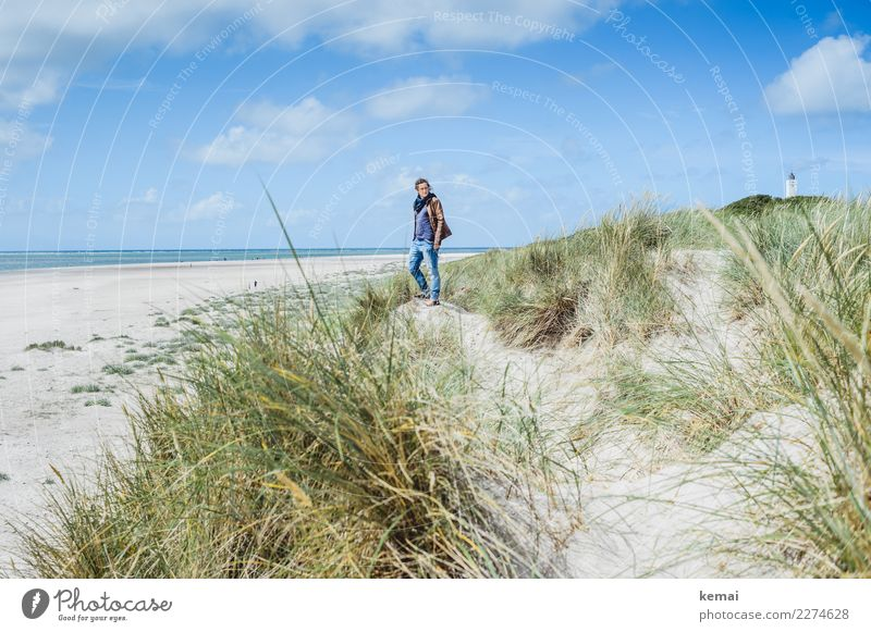 In den Dünen Frau Mensch Himmel Ferien & Urlaub & Reisen Sommer Meer Erholung Wolken ruhig Ferne Strand Lifestyle Erwachsene Leben feminin Stil