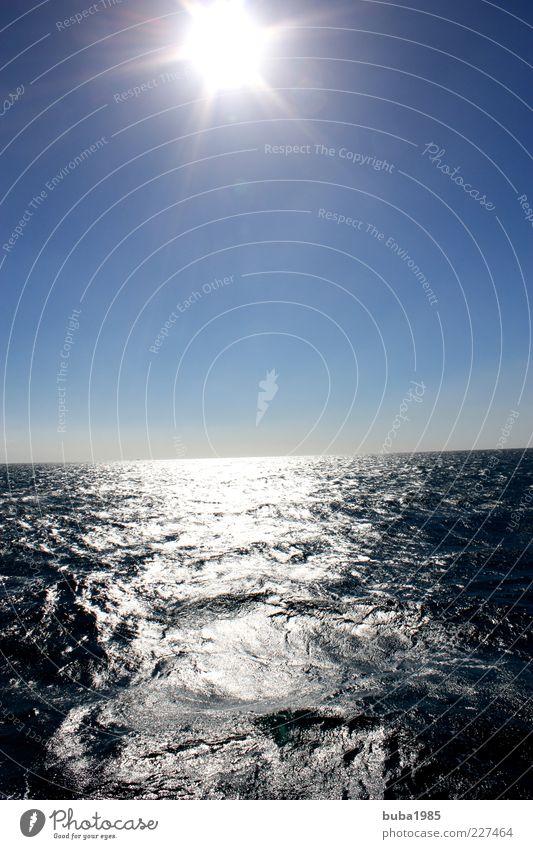 Red Sea Wasser Himmel Sonne Meer natürlich blau Farbfoto Außenaufnahme Menschenleer Tag Rotes Meer Ägypten Sonnenstrahlen Blauer Himmel Wasseroberfläche