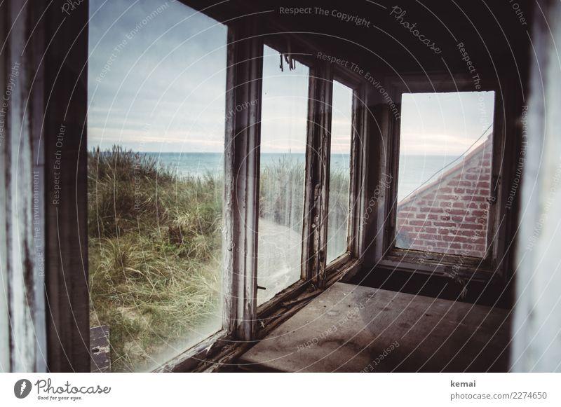 Fenster zum Meer Himmel Ferien & Urlaub & Reisen Natur alt Landschaft Wolken ruhig dunkel Wand Küste Gebäude Mauer außergewöhnlich Ausflug