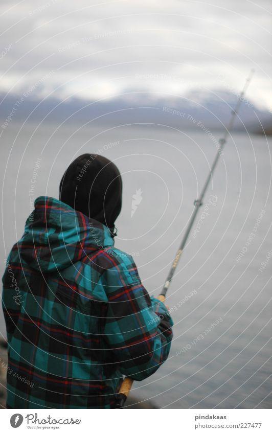 die Stille Natur Wolken Winter ruhig Einsamkeit kalt maskulin wild stehen einzigartig Unendlichkeit Mütze Jagd Angeln Schweden kariert