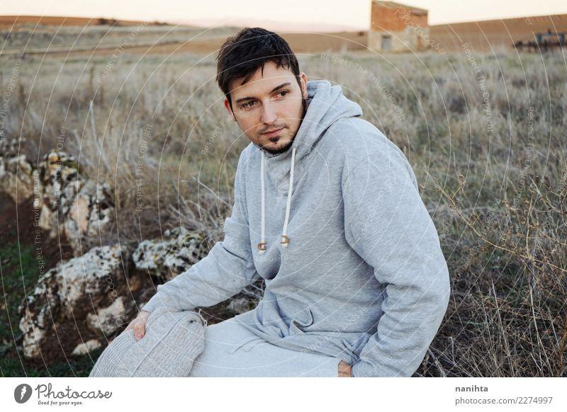 Mensch Natur Ferien & Urlaub & Reisen Jugendliche Mann schön Junger Mann Erholung ruhig 18-30 Jahre Erwachsene Leben Lifestyle Umwelt Gesundheit natürlich